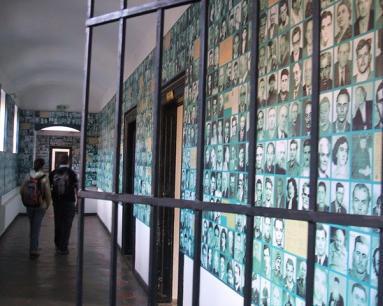 3783-Memorialul Durerii